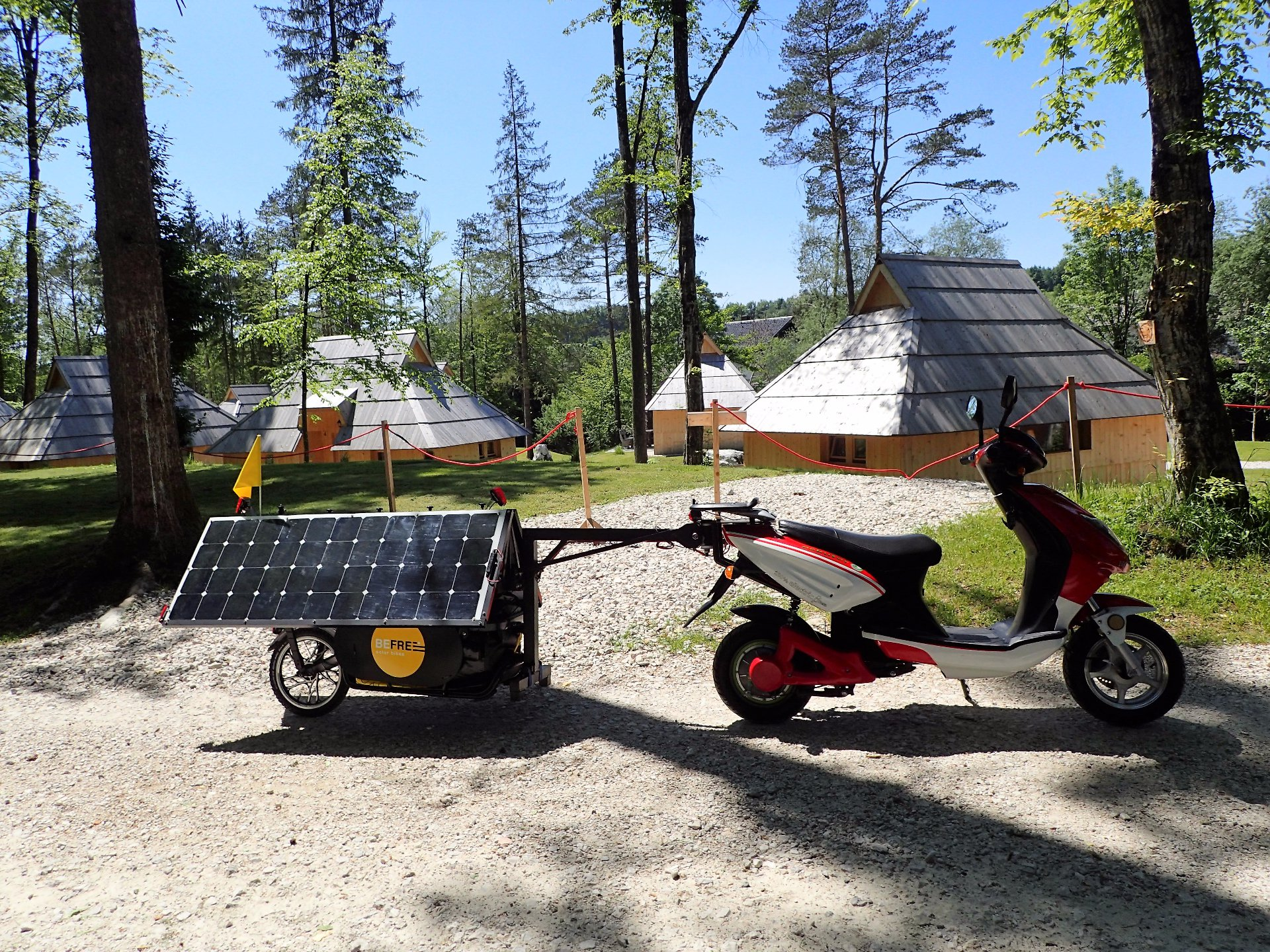 Be Free - SOLAR TRAILER FOR ELECTRIC BICYCLE AND SCOOTER